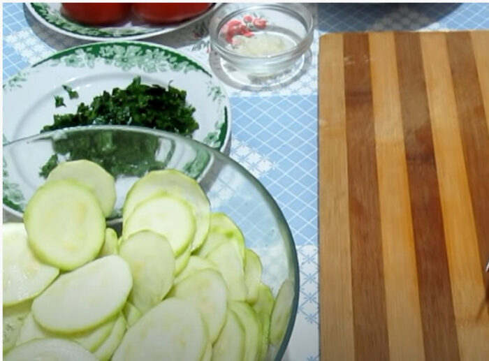 Блюда из кабачков в духовке — очень быстрые и вкусные