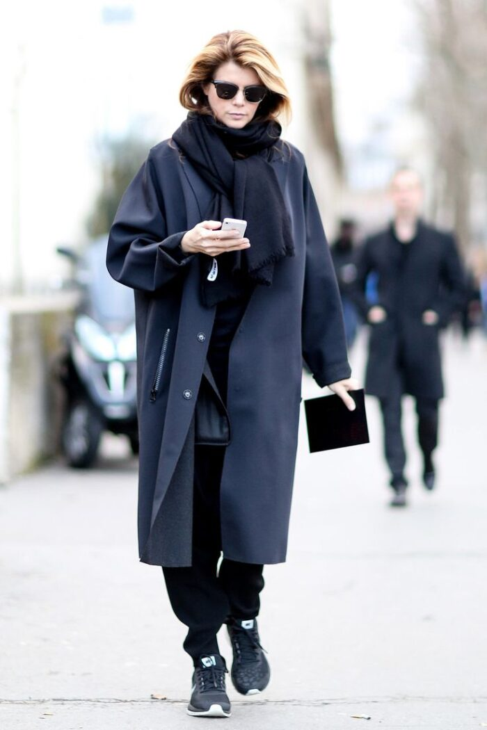 Мода для женщин за 40 лет в 2020 году осень-зима на каждый день (100 фото)