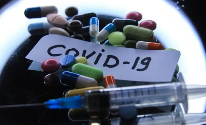 Вакцинация от коронавируса будет обязательной или добровольной в России